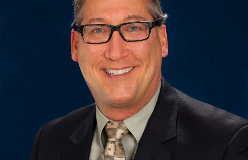 Dr. Bruce Piszel